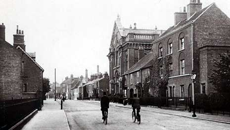 Postcard of Grove Street, Retford, c. 1905