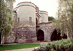 The outer gate and bridge of Nottingham Castle were constructed in 1250-55. Medieval masonry survives to the lower string course, the upper part is clearly covered in modern ashlar cladding.