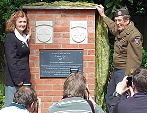 The unveiling of the memorial to the 507th US Parachute Infantry Regiment.